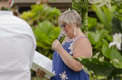 Wedding-Celebrant-Geelong-Jeannine-Oman